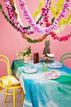 Colourful Tablescape Inspiration From Bonnie & Neil