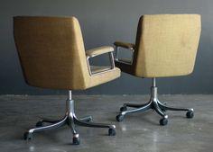 1stdibs | Osvaldo Borsani for Tecno Executive Desk Chairs