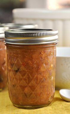 Spicy Quince Chutney Chutney Recipes, Jam Recipes, Canning Recipes, Fruit Recipes, Healthy Recipes, Pear Quince, Quince Fruit, Chipotle, Quince Recipes