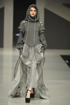 Graduate Fashion Week: Chloe Jones takes home Gold