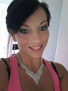 Vanessa Balezeau Miss Vallée de la Drôme 2015 maquillée ZAOMAKEUP par Audrey Esthétique : https://www.facebook.com/AudreyVotreProthesisteOngulaire #zaomakeup #makeupbioaddicted