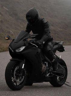 Cool Sports Cars, Sport Cars, Cool Cars, Motorbike Girl, Motorcycle Bike, Art Moto, Image Moto, Biker Photography, Bike Pic