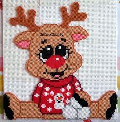 Perler Bead Designs, Hama Beads Design, Pearler Bead Patterns, Perler Bead Art, Perler Patterns, Hama Perler, Christmas Perler Beads, Beaded Christmas Ornaments, Pixel Art Noel