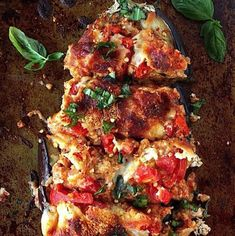 Try these amazing eggplant recipes! From eggplant lasagna to an eggplant dip. These recipes are perfect for lunch and dinner! Lunch Recipes, Keto Recipes, Dinner Recipes, Healthy Recipes, Eat Healthy, Dinner Ideas, Parmesan Recipes, Sausage Recipes, Veggie Burger Healthy