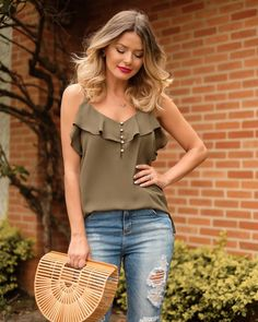Swans Style is the top online fashion store for women. Cute Fashion, Diy Fashion, Fashion Outfits, Womens Fashion, Fashion Design, Fancy Tops, Trendy Summer Outfits, Couture Tops, Fashion Tips For Women