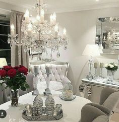 ~Lustres et Roses Rouges!~ ☆♡SAMY♡☆ Glam Living Room, Living Room Decor, Ideas Para Organizar, Condo Decorating, Good Night Sweet Dreams, Home Decor Shops, Dining Room Design, Home Decor Inspiration, Decor Ideas