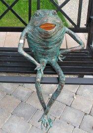 Porcelain Made In China Garden Frogs, Garden Art, Chicken Wire Art, Outdoor Fabric, Outdoor Decor, Masks Art, Porcelain Ceramics, Painted Porcelain, Fabric Art