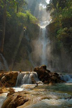 Kuang Si Falls | HOME SWEET WORLD