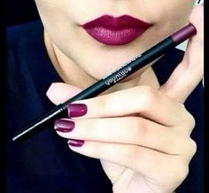 Be pout perfect with Younique lip liner and lip stain #Younique #YouniqueByRosieAdams