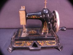 Muller Sewing Machine Model 19 Vintage Toy by pkfrpa on Etsy, $225.00