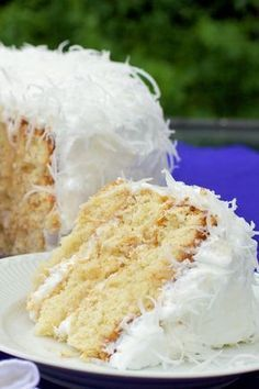 Cherry and pistachio mini-cakes - HQ Recipes Easy Smoothie Recipes, Easy Smoothies, Good Healthy Recipes, Snack Recipes, Dessert Recipes, Desserts, Pumpkin Spice Cupcakes, Coconut Recipes, Mini Cakes