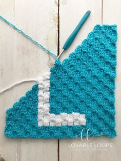 Free graph/chart crochet pattern for the letter L. This crochet graph is one letter square from my Alphabet crochet baby child blanket graphgan. Crochet Letters Pattern, Crochet Alphabet, Graph Crochet, Crochet Edging Patterns, Pixel Crochet, C2c Crochet, Crochet Cushions, Letter Patterns, Crochet Squares