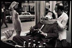 Paese che vai, barbiere che trovi. Con relative tradizioni, significati e abitudini. Perché barba ecapelli sono ben più che semplici peli. Servono a comunicare, sedurre, farci riconoscere... E a loro modo, anche i peli pubici.