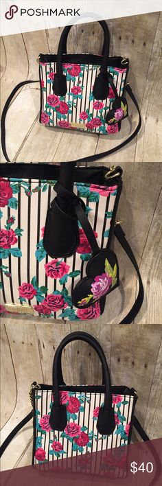 BETSEY JOHNSON NWT small satchel BETSEY JOHNSON small flowered satchel snap closure and middle zip area and side zip area and 2 pockets.   9x8 Betsey Johnson Bags Satchels