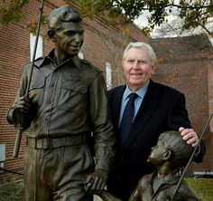 Andy Griffith standing next to the statue in Mount Airy, NC, that honors the show. **My husband & I love Andy! South Carolina, Mount Airy North Carolina, The Andy Griffith Show, The Lone Ranger, Old Shows, Before Us, Classic Tv, Favorite Tv Shows, Favorite Son