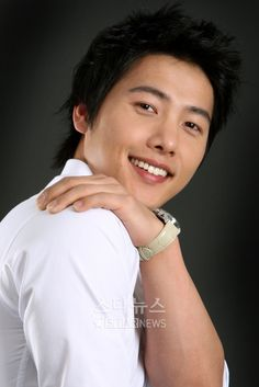 Lee Sang Woo on @dramafever, Check it out!