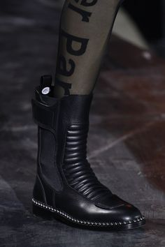 See detail photos for Alexander Wang Fall 2017 Ready-to-Wear collection.