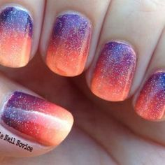 Sparkly sunset nails