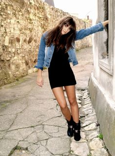 little black dress, black boots and a jean jacket! keeping in mind for next Fall ;)