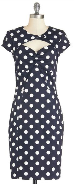 film noir fan dress Oh my endless obsession with all retro and all polka dots!!!