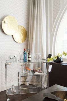 """Hello there, dream bar cart.   <p><a href=""""http://www1.bloomingdales.com/shop/product/bloomingdales-chase-bar-cart?ID=557417&CategoryID=3865&cm_kws=557417"""" target=""""_blank"""">Bloomingdale's Chase bar cart</a> // <a href=""""http://www1.bloomingdales.com/shop/product/ralph-lauren-preston-ice-bucket-tongs?ID=1205474&CategoryID=3865#fn=spp%3D2%26ppp%3D180%26sp%3D1%26rid%3D%26spc%3D61%26cm_kws%3Dice bucket %26pn%3D1 """" target=""""_blank"""">Ralph Lauren ice bucket</a> // <a…"""