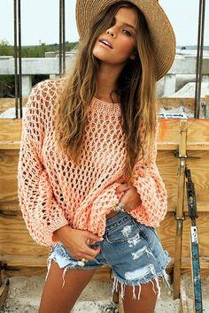 Nina Agdal summer style