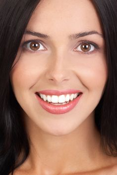 The New Zealand Dental Association (NZDA) is the professional association for New Zealand dentists. Organic Skin Care, Natural Skin Care, Fix Teeth, Lip Care Tips, Lip Wrinkles, Lip Augmentation, Most Beautiful Faces, Lip Plumper, Dental Implants