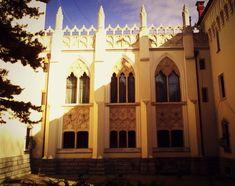O poveste de succes la Castelul Karolyi din Carei - Din mansarda Romania, Islamic, Taj Mahal, Building, Travel, Viajes, Buildings, Trips, Construction
