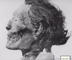 Senenmut - lover of Hatshepsut