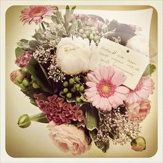 a #gift from a happy customer, always a nice present! #flowers #smartphoto
