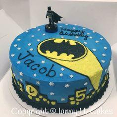 Batman cake Batman birthday party  Superheroes cake