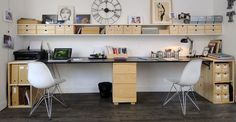 Office layout: pro tips for setting up an office area p Arrange an office advice from Philippe Demougeot p Home Office, Office Shelf, Office Desk, Bureau Design, Double Desk, Desk Inspiration, Home Furniture, Sweet Home, New Homes