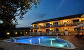 Immagini   Hotel Porta Rosa, Marina di Ascea (SA) Hotel, Mansions, House Styles, Outdoor Decor, Home Decor, Swiming Pool, Environment, Pink, Decoration Home
