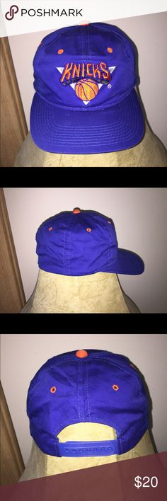 Vintage Drew Pearson Knicks snapback Vintage and signs of wear due to old  age 5ce0558ded19