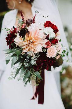 blush pink and burgundy fall wedding flowers #weddingflowers #weddingbouquets #weddinginspiration #weddingideas #fallweddings