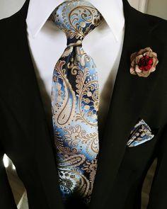 Blue Brown Paisley Tie Hanky Cufflinks Set Beautiful Men's Ties,Blue Brown Paisley Tie Handkerchief Cufflinks Set Men's Fashion, Best Mens Fashion, Mens Fashion Suits, Fashion Ideas, Fashion Photo, Fashion Styles, Rugged Fashion, Groom Fashion, Fashion Menswear