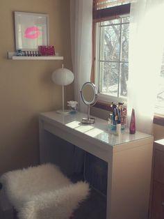 Beauty space Malm dressing table IKEA @melissadonnelle