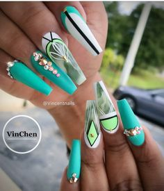 Wow!! This is gorgeous! Nail art ideas to try | unas #nailart