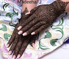 YaY or Nay by Fashion hub Kashee's Mehndi Designs, Modern Henna Designs, Pakistani Mehndi Designs, Mehndi Desing, Stylish Mehndi Designs, Mehndi Designs For Girls, Mehndi Design Pictures, Wedding Mehndi Designs, Mehndi Designs For Fingers