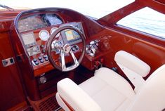 Classic Wooden Boats, Boat Projects, Curved Glass, Wood Detail, Boat Design, Shop Plans, Yachts, Bugatti, Sailing