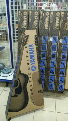 Yamaha F310P Ori  PAKET KOMPLIT TERMASUK:  GIG BAG STRAP STRING SET YAMAHA PITCH PIPE PICK GUITAR CAPO  FAST RESPONSE WA.08161115220