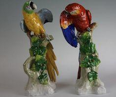 Par de papagaios em porcelana Alema Sitzendorf do sec.19th, 31cm / 32cm, 11,970 EGP / 4,380 REAIS / 1,450 EUROS / 1,680 USD  https://www.facebook.com/SoulCariocaAntiques