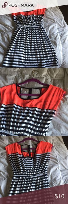 Casual/fun dress BRAND NEW. Never worn. Black and white stripe with neon accented top & cute button detail on back. Material is thin and comfy! mine Dresses Mini