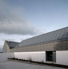 House Lessans by Belfast-based architecture studio McGonigle McGrath has been named winner of the RIBA House of the Year 2019 award Architecture Today, Concrete Architecture, Contemporary Architecture, Residential Architecture, Concrete Siding, Concrete Blocks, Zinc Roof, New Years Decorations, Grand Designs