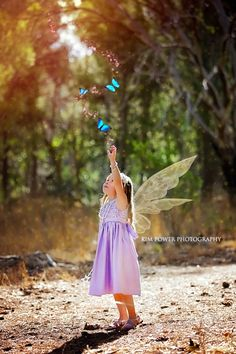 Fairy + Magic + Girl + Child Portrait + Fantasy + Fairy Wings + Magical + Mini Session + Once Upon A Time + Fantasy Theme + Child Photography + Port Lincoln Photographer + Port Lincoln Mini Session + Kim Power Photography + Canon + Fairy Magic + Sparkle + Butterfly