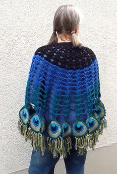 Crochet Scarves, Crochet Shawl, Crochet Clothes, Crochet Hooks, Petra, Feather Scarf, Peacock Pattern, Crochet For Beginners, Love Crochet