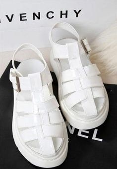 Summer Collection: 90s Chunky Sandals with Buckle WHITE