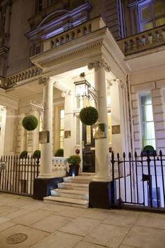 Le Georgian House, situé près de la station Victoria à Londres, a récemment ouvert deux « Chambres de Sorcier », sur le thème de Poudlard. | Vous pouvez désormais passer une nuit dans une chambre d'hôtel Harry Potter