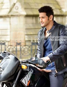 New HD Mahesh Babu pics collection - All In One Only For You (Aioofy) Mahesh Babu Wallpapers, Allu Arjun Wallpapers, Duke Bike, South Hero, Vijay Actor, Profile Picture For Girls, Girl Attitude, Boy Models, Beautiful Anime Girl