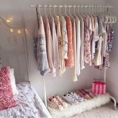 Girl Room Decor Ideas - How can I decorate my master bedroom? Girl Room Decor Ideas - What are the latest colors for bedrooms?